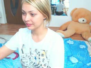 блондинки, великі недопалки