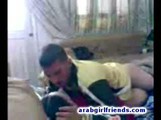 Turned trên arabian cặp vợ chồng đi nghịch ngợm fucking trong nóng tự chế