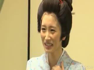 जापानी, बड़े स्तन, वर्दी