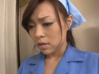 Čánske janitor reiko nakamori eats semeno zatiaľ čo shagging v a band bonk