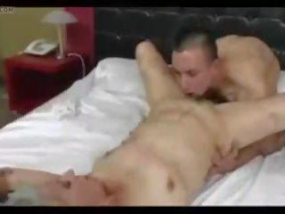 Елегантен gran: безплатно saggy цици порно видео dd