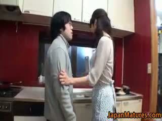 Hooters japonesa maduros bebês a chupar part4
