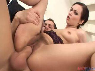 Muito peluda doxy é assim hooters ela wants um pecker em dela cu & cona