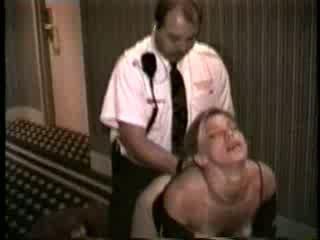 Manželka fucked podľa hotel zabezpečenia guard video