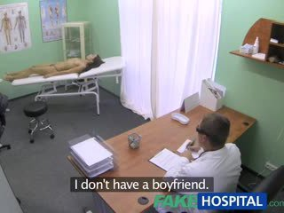 Fakehospital 호리 호리한 말라 붙은 젊은 학생 cums 에 용 점검 올라 gets 그만큼 doctors 질내 사정