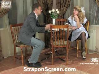 Irene và patrick nóng strapon hiệu suất