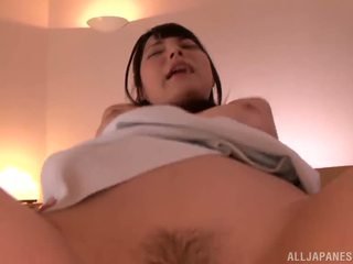 Ai uehara has të saj sensuous mini peach stunningly intercoursed