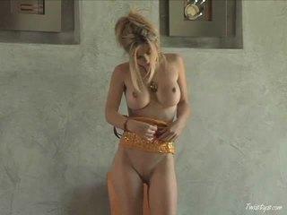 Doing elle pour la équipe sexe film