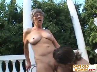 Ķēms no naturāls ļoti vecs sieviete
