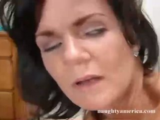 Deauxma Recieves A Warm Dripping Jizz On That Guyr Face Hole