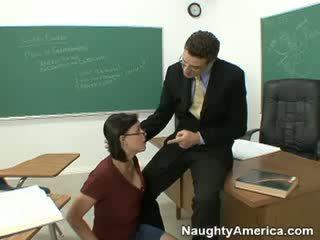 Succhiare il mio boner e passare il classe!