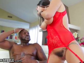 Lexington Steele Gives HUGE Cock to Karlee Grey
