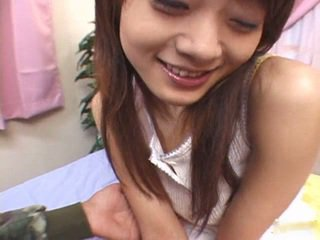 Maravilhosa asiática bebês