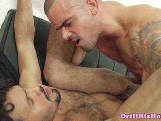 Damien crosse pounding ciešas pakaļa