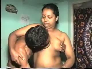 Desi aunty magkantot: Libre indiyano pornograpya video 7b