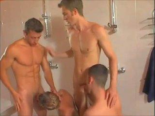 Гаряча гей showers оргія