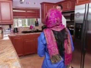Ada an arab tiener filled met creamy sperma