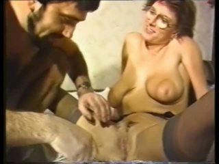 Geil und rasiert: bezmaksas amatieri porno video 0e