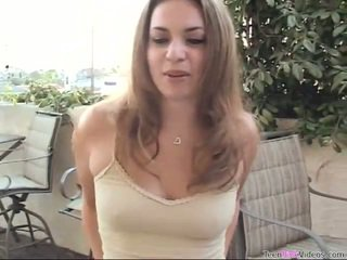 드릴링 하이틴 음모, 십대 포르노 동영상, 간신히 법적 마음에 드는