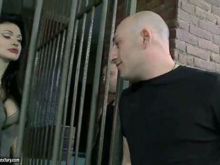 Aletta ocean getting double pakliuvom į kalėjimas