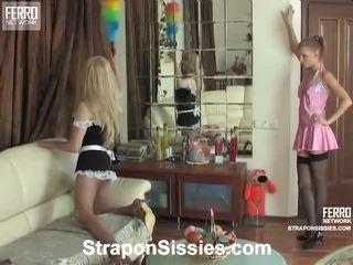 Compilação por strapon sissies