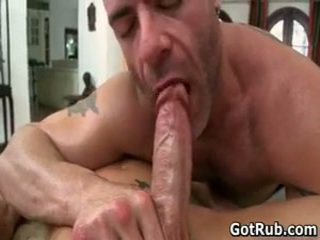 Super hawt guy receives غرامة هيئة massages 13 بواسطة gotrub