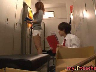 Kaori сексуальна японська вчитель getting