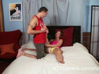 Jodi taylor enjoys tema anaal ja rubs sisse sperma