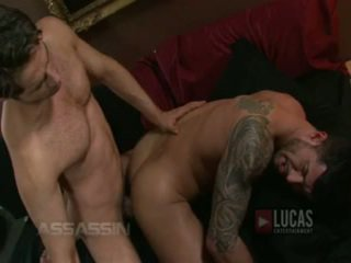Michael lucas a adam killian souložit passionately