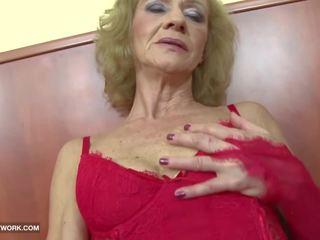 Interracial porno - abuelita likes ella duro gets anal.