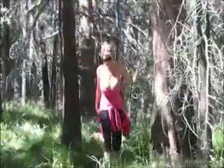 Kelly madison loves knulling i den woods