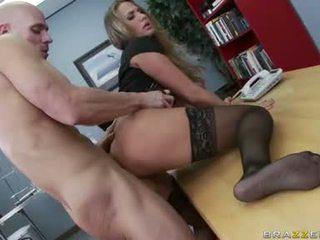 tetek besar panas, penuh pejabat seks menyeronokkan, melihat pejabat fuck