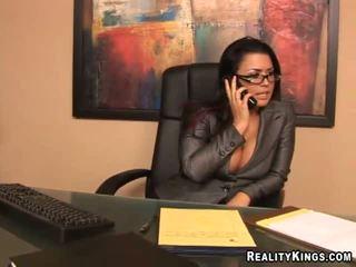 birojs, sekretāri