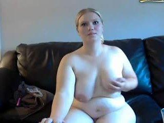Regordeta esposa gets spanked y masturbates en webcam
