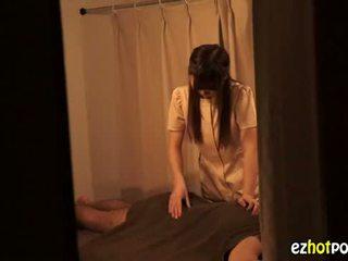 Ezhotporn.com - 小柄な japanaese ふしだらな女 looks のために セックス