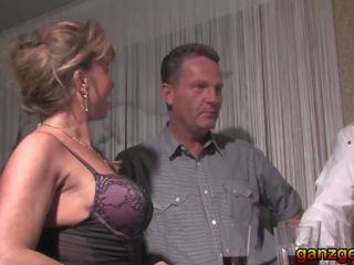 Deutsche swingers 2 - vācieši milfs dalīties husbands: porno f5