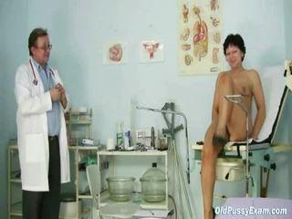 পুরোনো donna eva visits gyno ডাক্তার থেকে আছে gyno examined