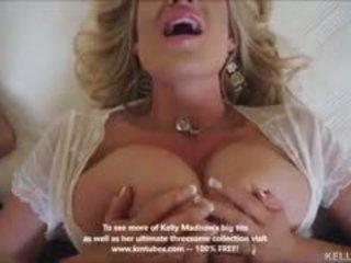Mamalhuda esposa kelly madison titty fucks caralho e swallows ejaculações