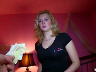 Sexy tchèque fille baisée pour sum de argent