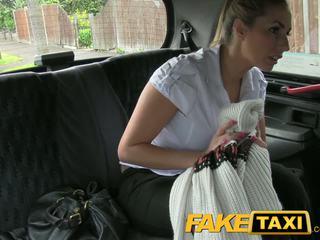 Faketaxi nghịch ngợm công an người phụ nữ trong taxi đàn ông payback