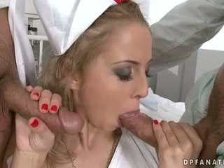 Video's two cocks in een hole dicht omhoog