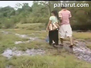 Καυτά ταϊλανδός/ή σεξ σε δημόσιο