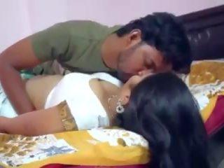 Indisch aunty poesje geneukt, gratis gratis indisch xxx porno video-