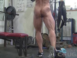 Female bodybuilder lacey works ārā un masturbates: porno a9