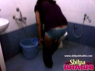 Indien ménagère shilpa bhabhi chaud douche - shilpabhabhi.com