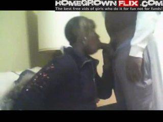 Hood chick slurping piemel homegrown flix com amateur thuis