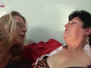 brunete, doggystyle, orgasmu