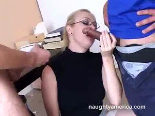 मुखमैथुन, कठिन बकवास, शक्ति या बल का प्रदर्शन