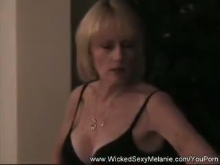 Use the amateur gilf for sex