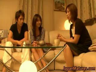 Japanilainen läkkäämpi naiset olla a kolmikko part4